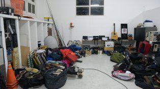 el botin. Una gran cantidad de elementos robados y recuperados por la PDI.