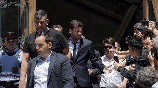 Tras la audiencia. Messi estuvo en España acompañado de un fisioterapeuta de la selección que siguió de cerca la evolución de su lesión.
