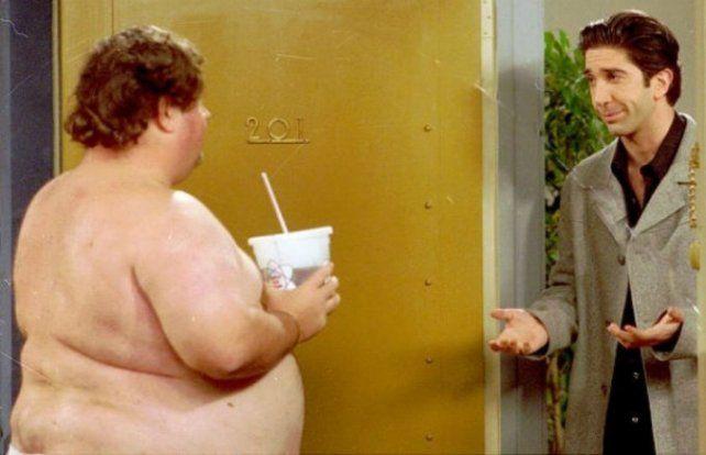 Después de diez años revelan quién era el misterioso vecino desnudo de Friends