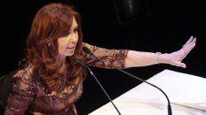 cristina reaparecio con una carta en twitter con criticas al blanqueo y al proyecto de pago a jubilados