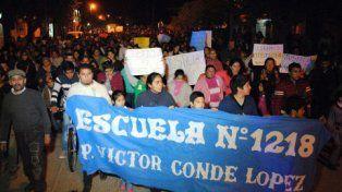Reclamo. El jueves a la noche pobladores de Quimilí pidieron justicia.
