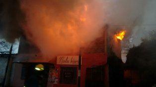 Tensión en zona norte por el incendio de un comercio: no hubo heridos