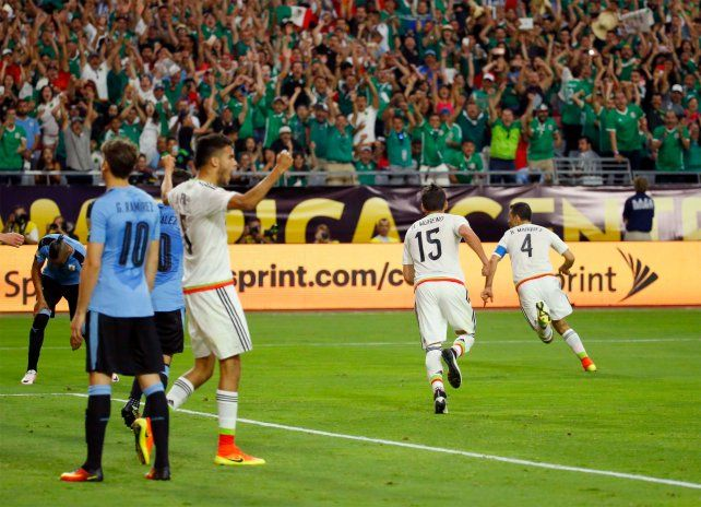 México se impuso por 3-1 sobre Uruguay en el estreno en la Copa América.