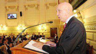 Bonfatti presentó un proyecto de ley de Uso del Suelo y Hábitat
