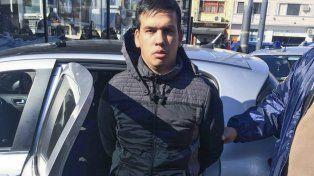 Sin resistencia. Machuca fue capturado ayer al mediodía en el barrio porteño de Villa Mitre al volante de un Peugeot.