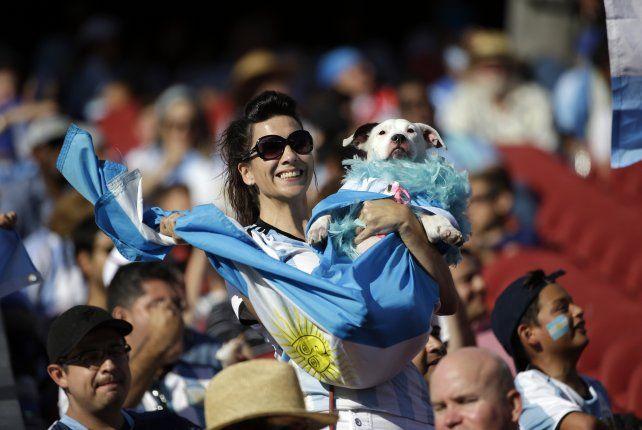 La pasión argentina pintó de celeste y blanco el Levis Stadium de ...