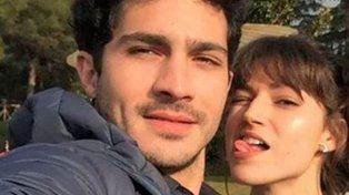 Ursúla Corberó y el Chino Darín viven juntos en España.