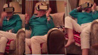 Desopilante video de una abuela que entró en pánico al sentir que era perseguida por dinosaurios