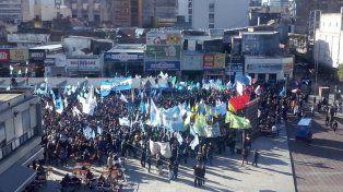 Alrededor de 20 gremios se concentraron en la plaza Montenegro.
