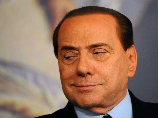 Berlusconi fue operado del corazón en 2006 tras desmayarse en un acto público