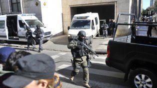 Por las dudas. Un gigantesco operativo de seguridad acompañó la llegada y estadía de Machuca en Tribunales.