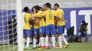 Imagen repetida. Brasil no tuvo contemplaciones con un rival muy inferior.