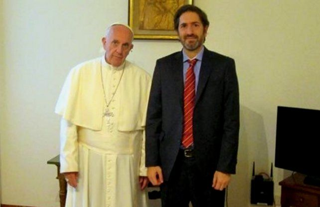 El Papa felicitó al juez Casanello