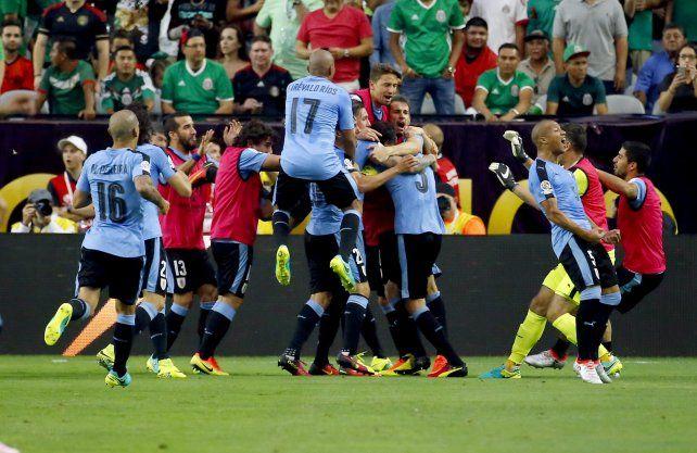 Vamo arriba la celeste. Uruguay quiere festejar esta noche ante la vinotinto