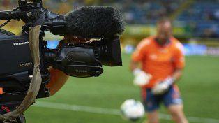 El gobierno suspendió el llamado a licitación por la televisación del fútbol debido al estado de incertidumbre