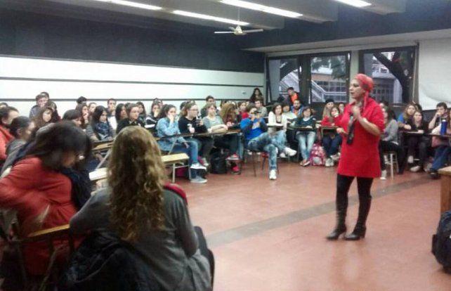 Las agrupaciones estudiantiles debatieron ayer la realidad de la educación pública.