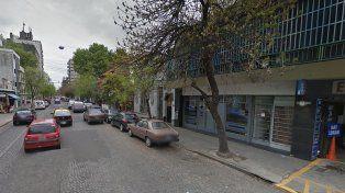 Una banda de delincuentes asalta una inmobiliaria y se lleva unos 60 mil pesos