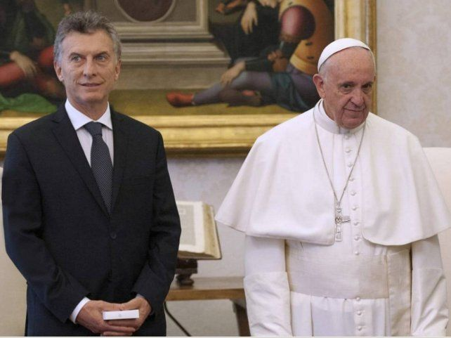 Distancia. La fría relación entre el presidente y el Pontífice quedó en evidencia en la visita de Macri a la Santa Sede.