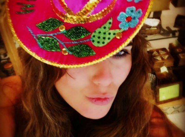 Loly Antoniale dejó atrás las polémicas declaraciones contra Rial y se fue a México ¿sola?