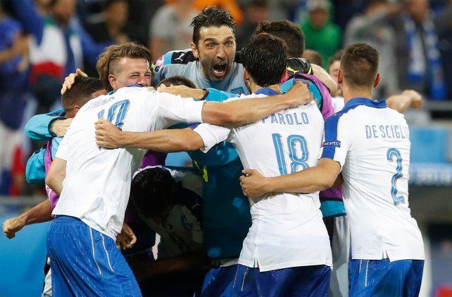 El seleccionado italiano debutó con un gran triunfo en la Eurocopa.