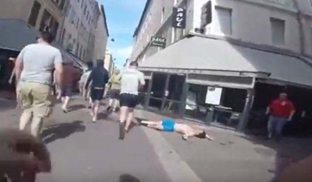 Salvaje pelea entre hooligans y rusos en la Eurocopa 2016
