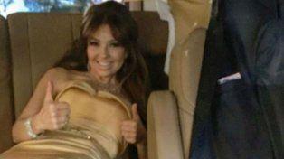 Thalía se vistió cuadras antes de llegar para que no se le arrugue el traje.