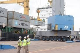 El puerto de Rosario vuelve a trabajar en forma normal.