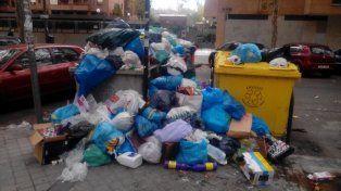 El gobierno de Madrid busca controlar la crisis de la basura en la capital española