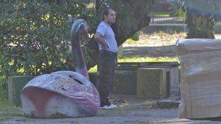 En algunos sectores del parque había animales de enorme tamaño como decoración especial.