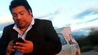 CuestionaBLE. Daniel Elías aparece en un video intimidando a un policía.