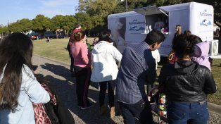 Los Food Trucks ofrecen comida saludable.