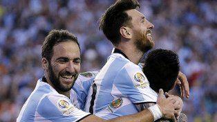 Messi celebra el gol 54