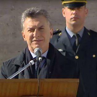 macri en el monumento: vamos a derrotar al narcotrafico que tanto dano le hizo a rosario
