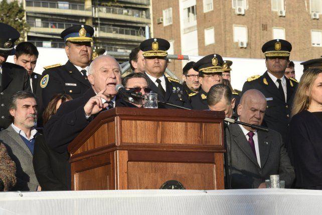 Ejemplo. El gobernador destacó ayer que cada una de las actitudes de Belgrano es una enseñanza y un ejemplo ético para los nuevos tiempos.