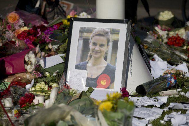 El Parlamento recordó a la legisladora laborista Jo Cox