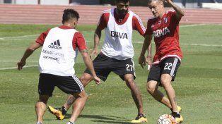Los futbolistas comenzaron el ensayo a las 9.30 en Ezeiza