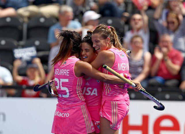 Festejo. Las chicas argentinas vienen de golear 4-1 a Estados Unidos.