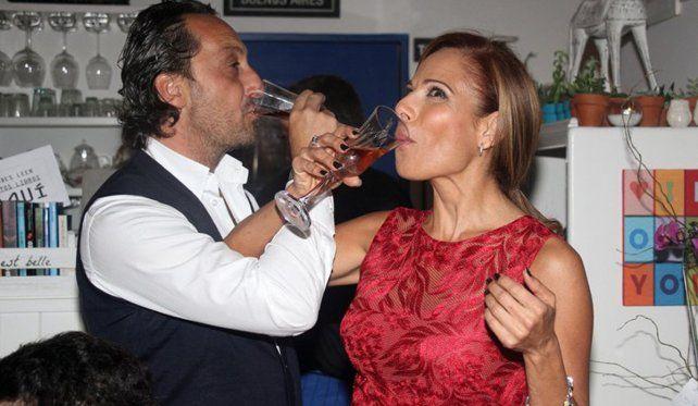 Iliana Calabró dejó atrás a el Rossi y se comprometió con su flamante novio italiano