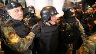 José López se negó a declarar y dijo que sufre estrés reactivo.