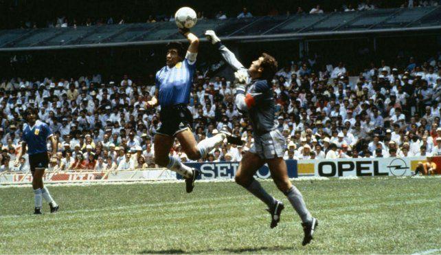 El momento previo al histórico gol del que se cumplen 30 años.