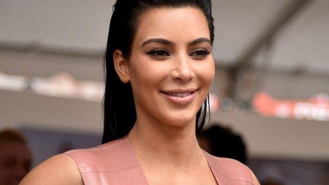 Kim Kardashian celebró el día de la selfie a su manera: con una foto casi desnuda