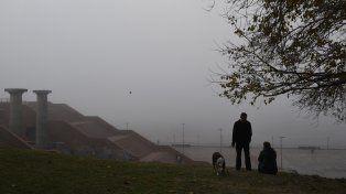 Rosario y la región esperan más jornadas con nieblas bastante densas.