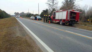 El accidente ocurrió a la altura de Zavalla. (Foto: @emergenciasAR).