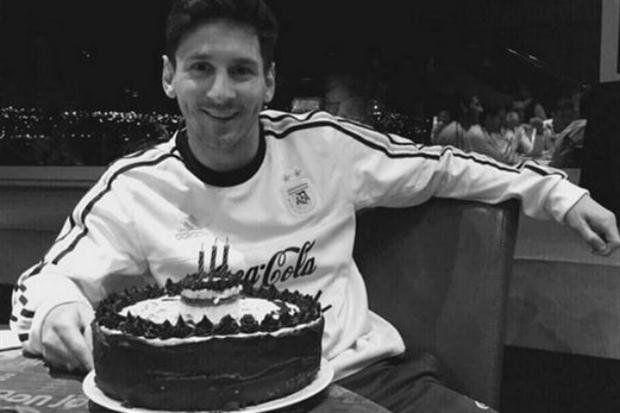 Lionel Messi celebró su cumpleaños en la concentración de la selección argentina.