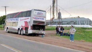Es una postal habitual en la ruta 33 los coches de Monticas o Arito averiados y con los pasajeros en la banquina.
