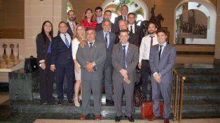Gira. Los dirigentes asistieron en Miami a la inauguración de la oficina de la Cámara de la Mediana Empresa (Came).