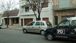 En Uruguay al 1300 los ladrones sorprendieron a las víctimas dentro de su casa cuando se levantaban.