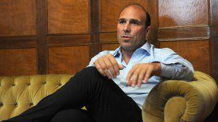 Elogio. El director de Desarrollo de la Conmebol destacó el prestigio del fútbol rosarino, que estará bien representado en la final.