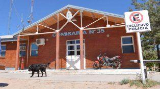 La comisaría 35, de Rincón de los Sauces, donde el camionero radicó en primer término la denuncia.