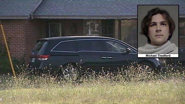 El auto en el que el hombre olvidó a su pequeña beba por más de cuatro horas.